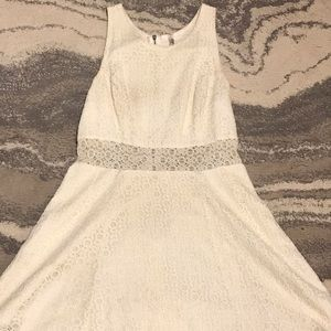 Dresses & Skirts - Lace Cream Dress